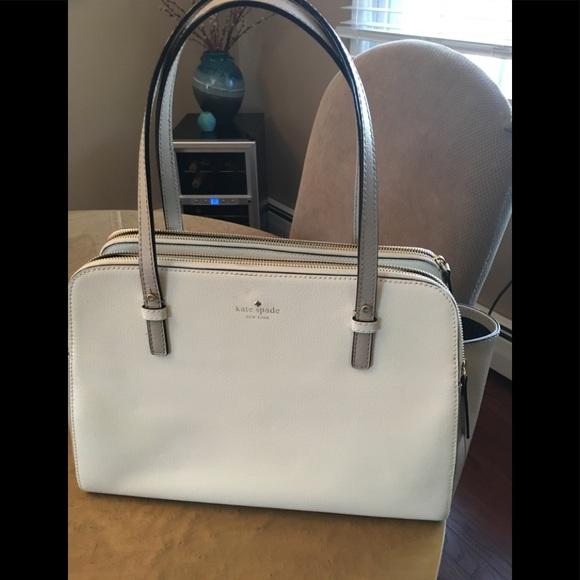 75bf9d40dd kate spade Handbags - Kate Spade New York Lydia 2 tone bag Natural